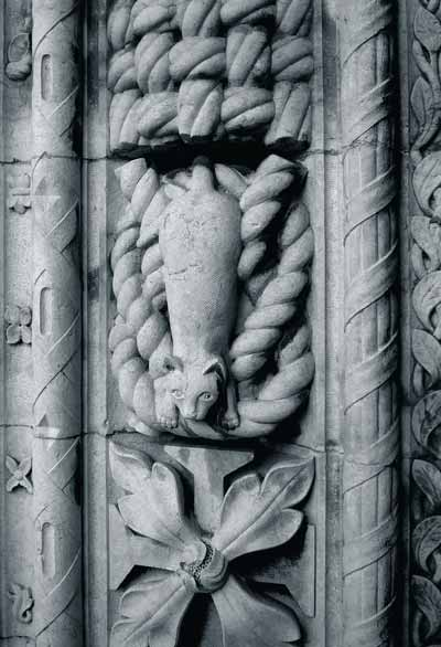 A seafaring feline, on duty on a column in the cloisters of Portugal's Jeronimos Monastery.